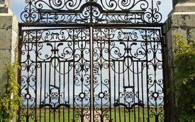 gate-2659055_960_720